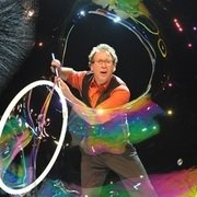 The Amazing Bubble Man 4****