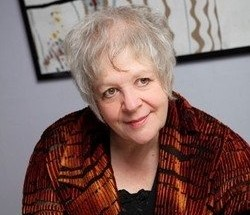 liz-lochhead-apple-says-aaah-and-other-poems-pommes-and-people_31043