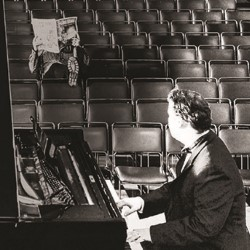 The Remains of Tom Lehrer (performed by Adam Kay) 5*****
