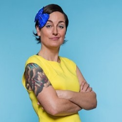 Zoe Lyons – Little Miss Fit 4****