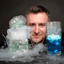 Mark Thompson's Spectacular Science Show 4****