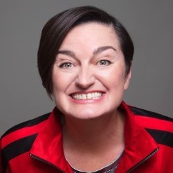 Zoe Lyons:- Entry Level Human 5*****