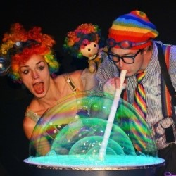 Bubble Show – Milkshake and the Winter Bubble 4****