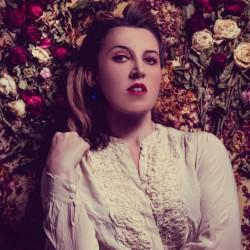 Eleanor Tiernan – Enjoying the Spotlight Responsibly 4****